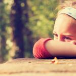 Ako zvládať dvojitú hanbu z mokrej postieľky